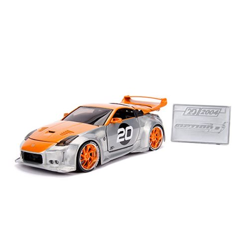 Jada_20th_Anniversary_Wave_1_Option_D_2003_Nissan_350Z_124_Scale_DieCast_Metal_Vehicle