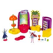 Winx Club 2012 Wave 1 Action Doll Playset with Doll