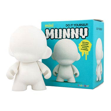 Mini MUNNY White 4-Inch Vinyl Figure