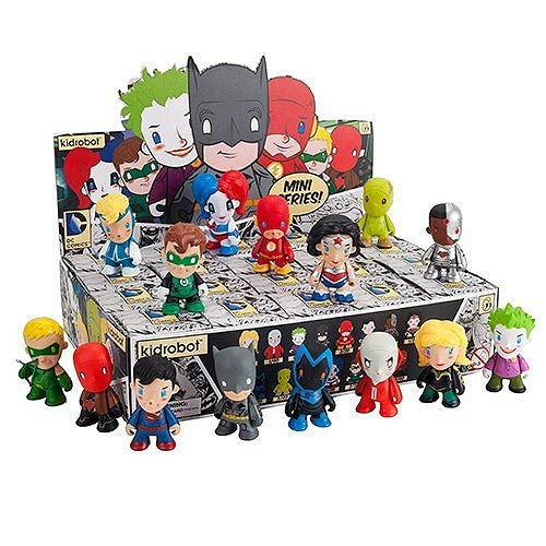 DC Universe Mini Series Mini-Figure Random 4-Pack