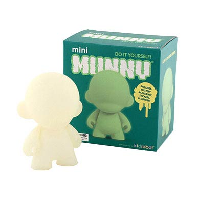 Mini MUNNY Glow-in-the-Dark Vinyl Mini-Figure
