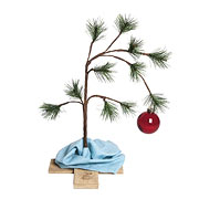 Peanuts 24-Inch Tree with Ornament and Blanket Display
