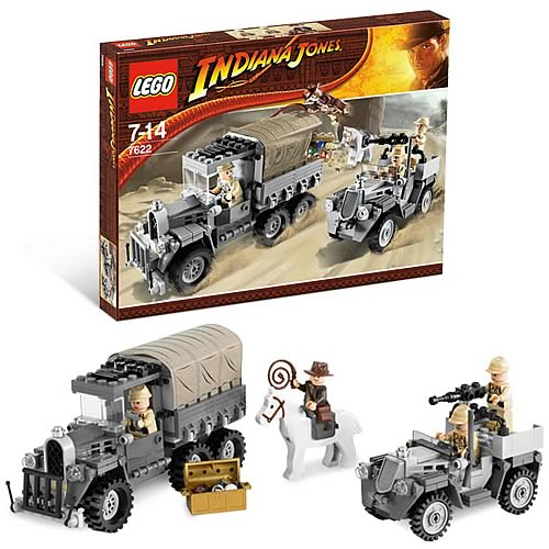 LEGO 7622 Indiana Jones Race for the Stolen Treasure