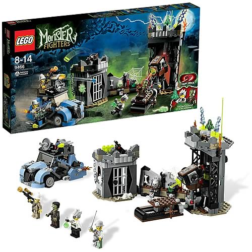 LEGO Monster Fighters 9466 Crazy Scientist and his Monster