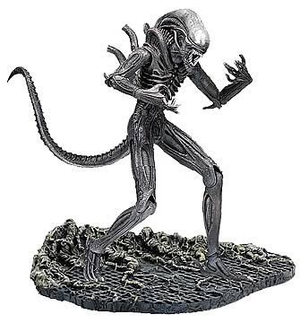 Deluxe Alien 12-Inch Action Figure