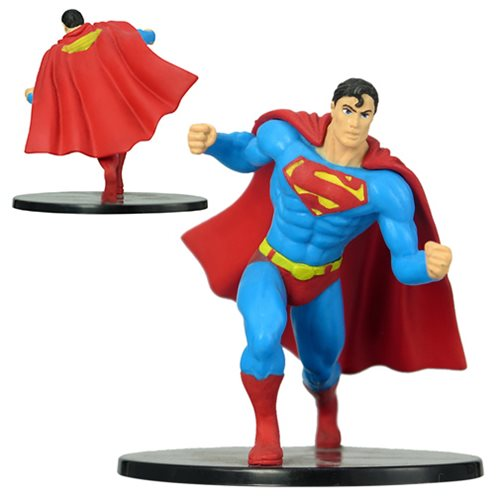 Superman DC Comics 4-Inch Mini-Statue