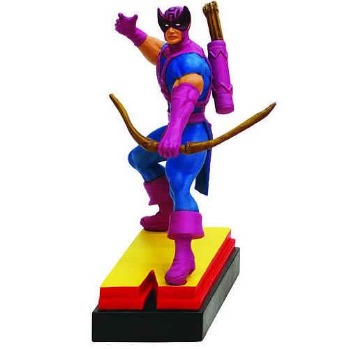 Avengers Edition Hawkeye Letter N Statue