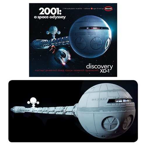 2001: A Space Odyssey Discovery Spacecraft Model Kit