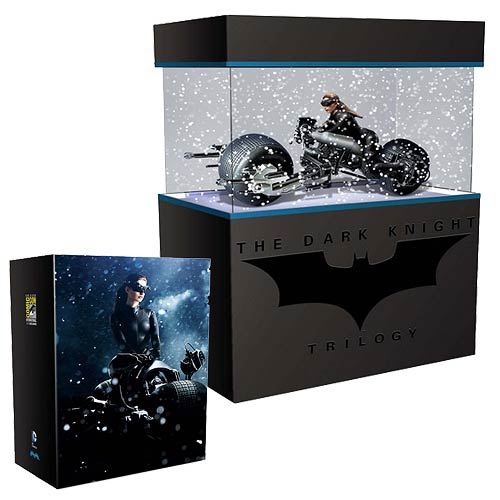 Batman DKR SDCC Bat-Pod and Catwoman Pre-Assembled Model Kit