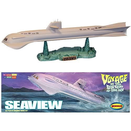 Voyage to the Bottom of the Sea Seaview 1:350 Model Kit