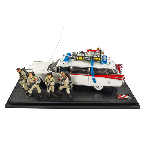 Ghostbusters Ecto-1 Elite Cult Classics 1:18 Die-Cast Car