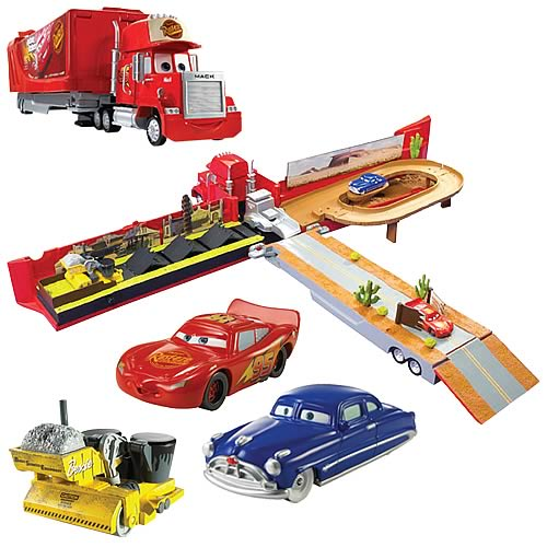 Cars Mega Mac Town Playset
