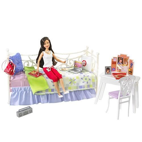 High School Musical 3 Loungin' Around With Gabriella Doll