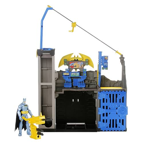Batman Power Attack Blast and Battle Bat Cave Playset