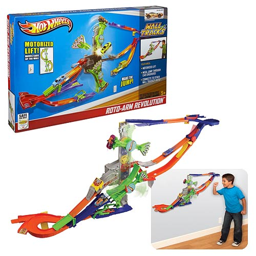 Hot Wheels Wall Tracks Vehicle Playset