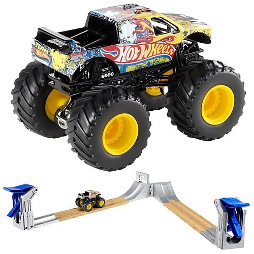 Hot Wheels Monster Jam Double Destruction Track Playset