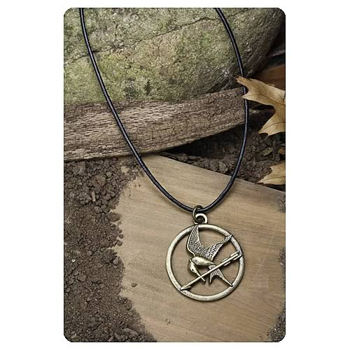 Hunger games movie mockingjay pendant necklace neca hunger hunger games movie mockingjay pendant necklace mozeypictures Images
