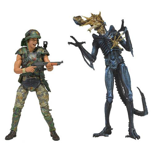 Aliens Hicks vs. Battle-Damaged Blue Warrior Alien Figures