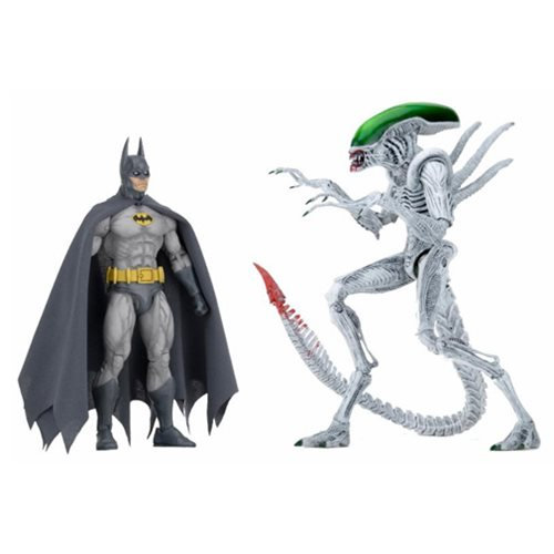 Batman vs Alien Action Figure 2-Pack