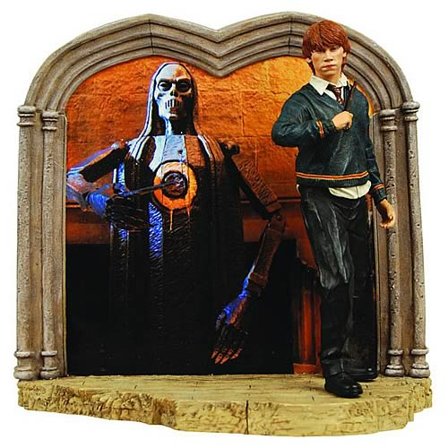 Harry Potter Ron Weasley Diorama Statue