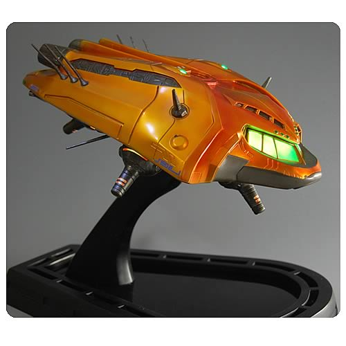 Metroid Prime Orange Gunship Statue