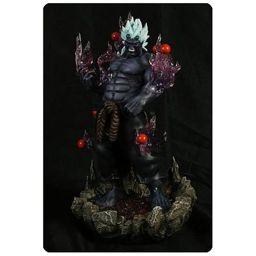 Super Street Fighter IV Arcade Edition Oni Statue