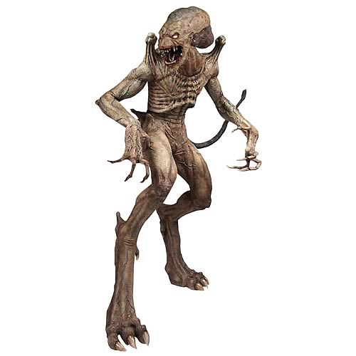 Pumpkinhead Mega Scale Figure