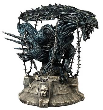 Alien vs. Predator: Captive Alien Queen Bust
