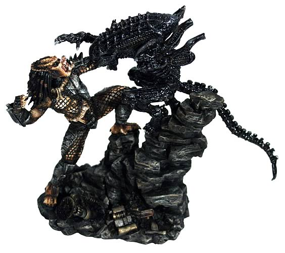 Alien vs. Predator Micro Interlocking Statues Set