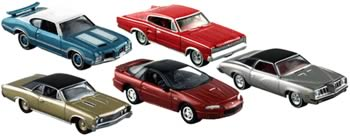 Johnny Lightning Muscle Cars R8 Case