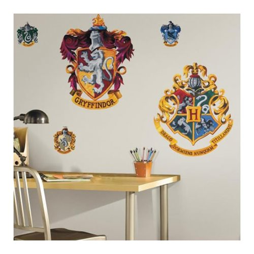 Harry_Potter_Hogwarts_and_Gryffindor_Peel_and_Stick_Giant_Wall_Decals