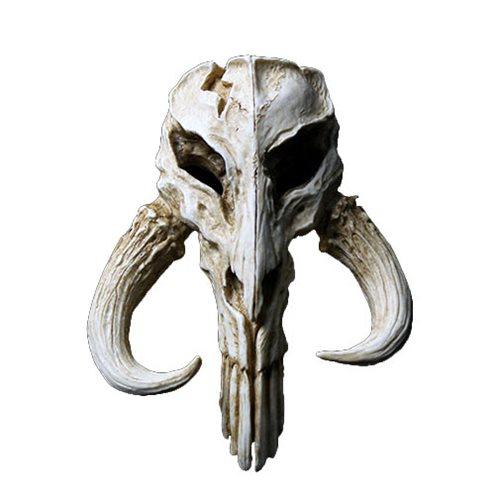 Star Wars Mandalorian Skull 4 1/2-Inch Mini-Sculpture