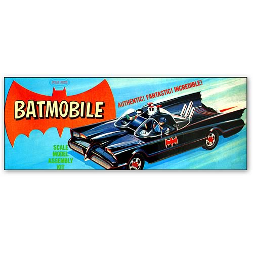 Batman Batmobile Classic Vintage 1:32 Scale Model Kit