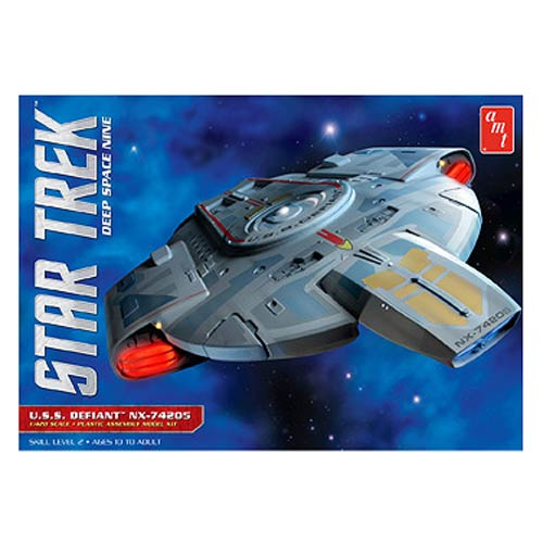 Star Trek U.S.S. Defiant 1:420 Scale Model Kit
