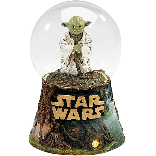 Star Wars Yoda Water Globe