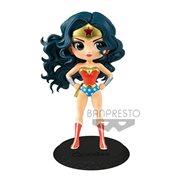 Wonder Woman Classic Version Q Posket Statue