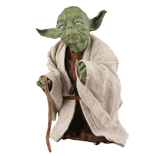 Star Wars Yoda 5-Inch Medicom Vinyl Collector Doll