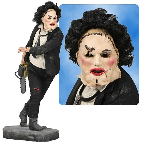 Texas Chainsaw Massacre Leatherface 19-Inch Statue