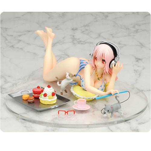 Super Sonico Sweets and Bikini Statue