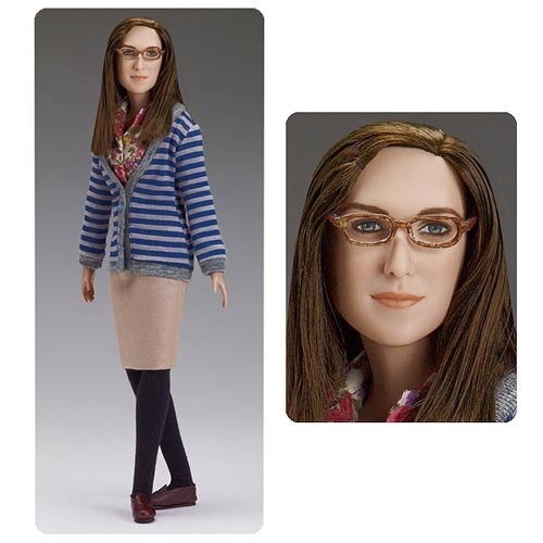 The Big Bang Theory Amy Farrah Fowler Tonner Doll