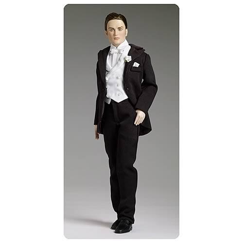 Twilight Edward Cullen Forever Edward Tonner Doll