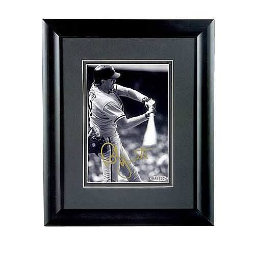 Robin Yount Signed Milwaukee Brewers Framed 3000th Hit Photo