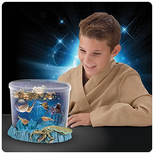 Star wars naboo sea creatures and aquarium uncle milton for Star wars fish tank decorations