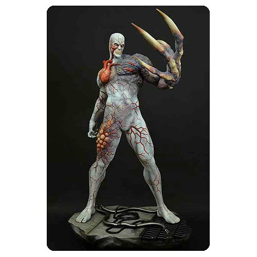Resident Evil Video Game Tyrant 1:4 Scale Statue