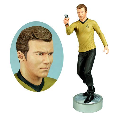Star Trek Original Series Captain Kirk 1:4 Scale Statue