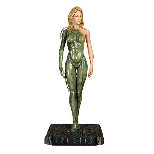 Species Sil 1:4 Scale Statue