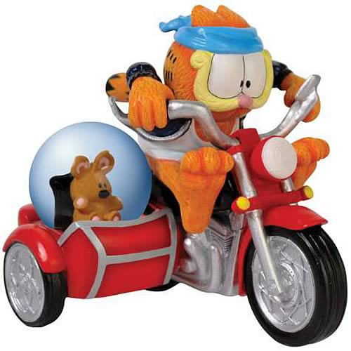 Garfield Fastest Cat in Town Water Globe Statue