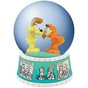 Garfield Comic Strip Water Globe
