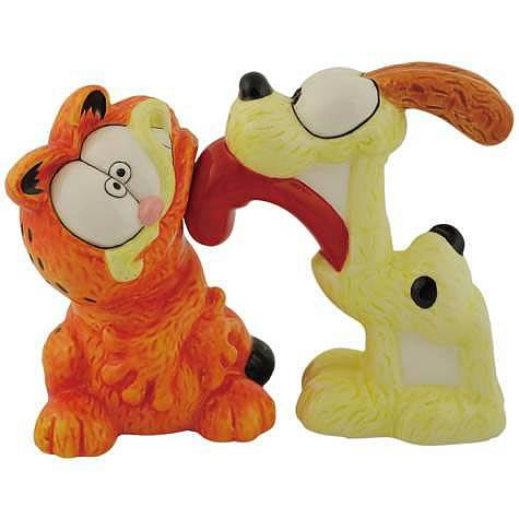 Garfield and Odie Salt and Pepper Shaker Set