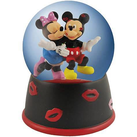 Disney Mickey and Minnie Mouse Lots of Kisses Water Globe